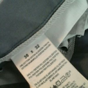 Pants - Dockers   iron   free  khaki